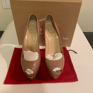 Christian Louboutin, Lady Highness 39